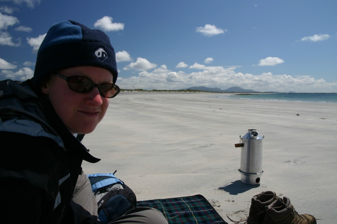 Debbie And Kelly Kettle, Benbecula