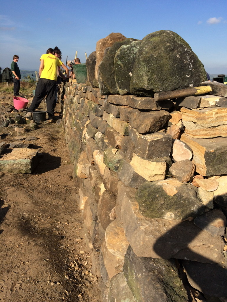 Building a Dry Stone Wall on The Chevin